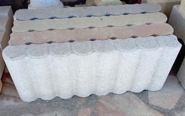 Cordoli in cemento